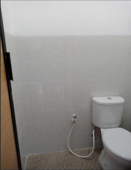 Junrejo K3 Homestay Syariah Malang - Bathroom