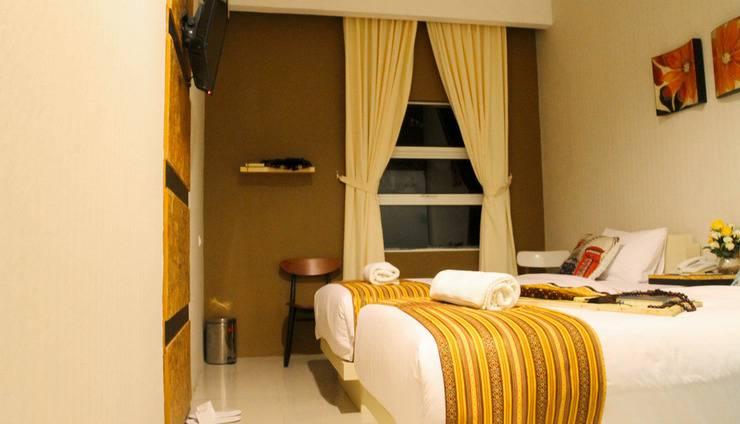 Hazotel Semarang - Twin Bed
