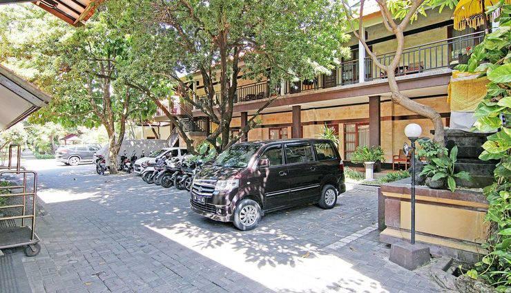 ZenRooms Kuta Inn Bali - Tampak luar