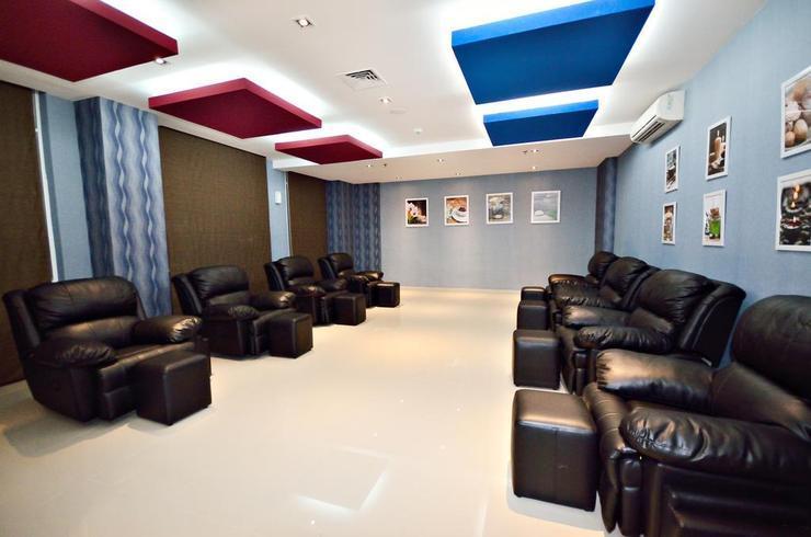 Karebosi Condotel Makassar Makassar - Facilities