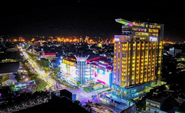 Karebosi Premier Makassar Makassar - Gedung Tampak Luar