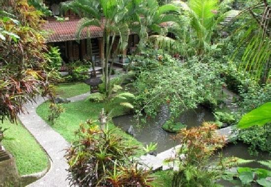 Gusti Garden Bungalows Bali - Taman