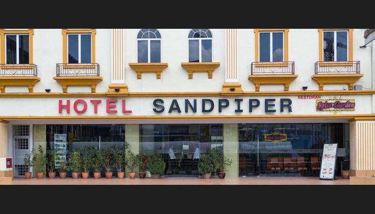 Sandpiper Hotel Kuala Lumpur - Hotel Entrance