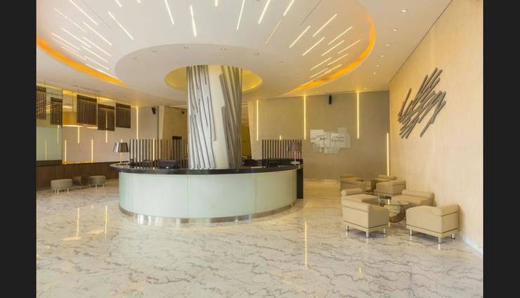 Holiday Inn Express Jakarta Pluit Citygate - Lobby