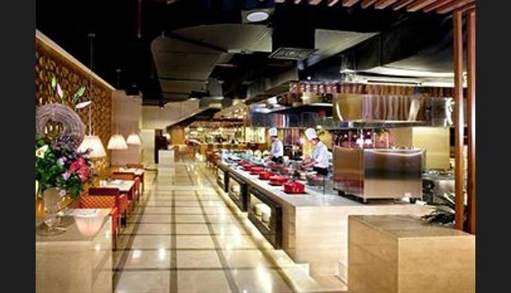 Le Grandeur Mangga Dua - Restaurant