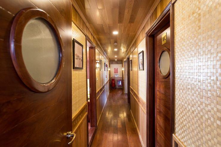 Bhaya Cruises Ha Long - Hallway