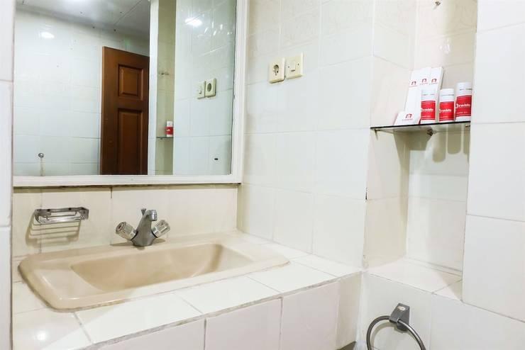 Luxury 3 Bedroom Suite Senopati SCBD By Travelio Jakarta - Bathroom Sink
