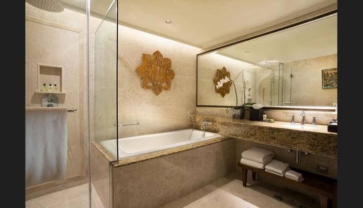 InterContinental Bali - Bathroom