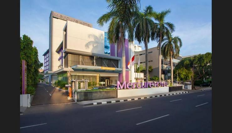 Mercure Jakarta Cikini - Featured Image