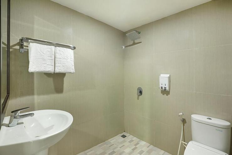 Java Paradise Resort Jepara - Bathroom