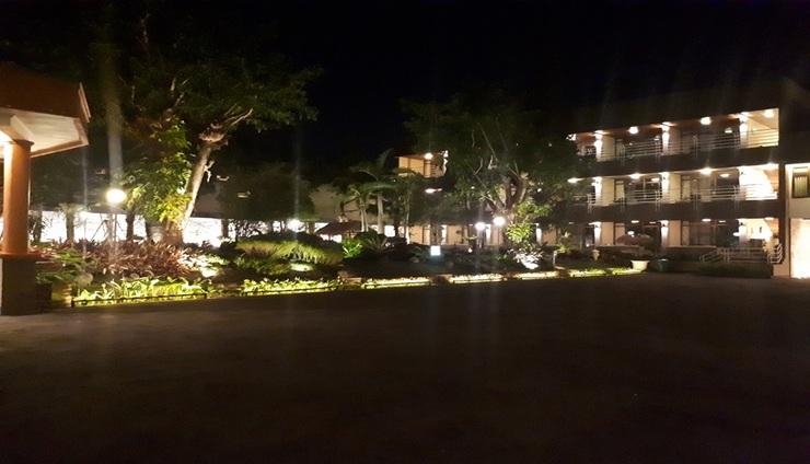 Hotel Tanjung Plaza Prigen - Exterior