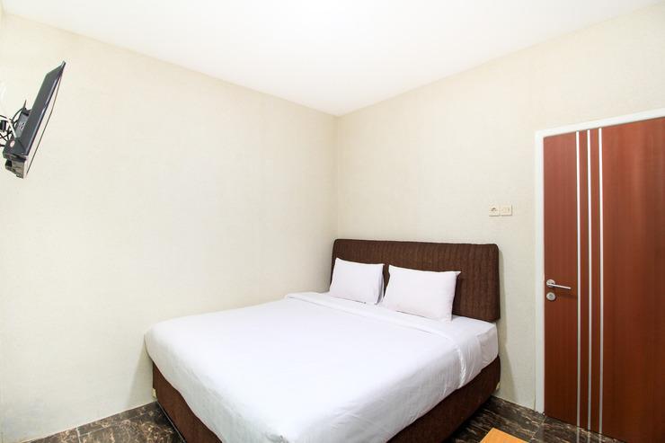 A1 Hotel Surabaya - BEDROOM