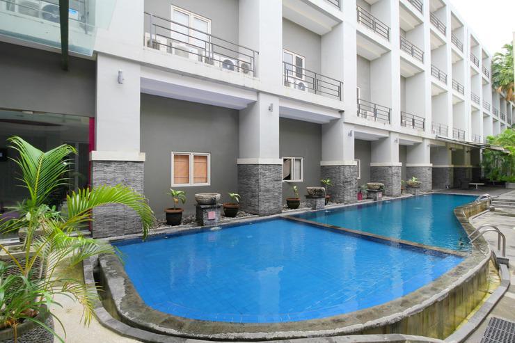Airy Denpasar Barat Teuku Umar 175 Bali Bali - Pool