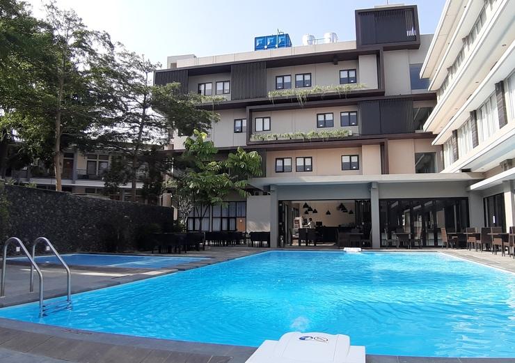 Grand Cordela Hotel AS Putra Kuningan - Pool