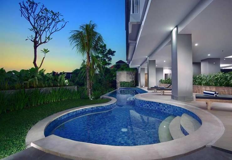 Neo  Denpasar - Tampilan Luar Hotel