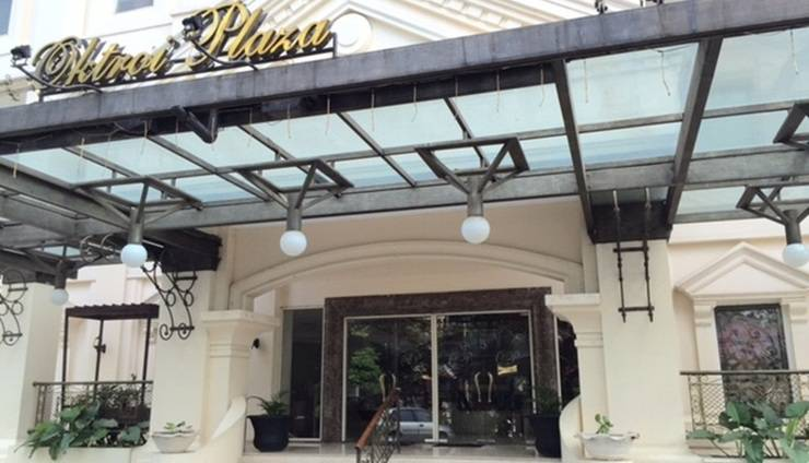 Oktroi Plaza Jakarta - Pintu masuk utama
