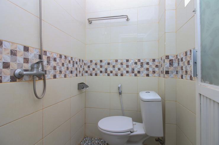 Airy Mapanget AA Maramis Manado - Bathroom