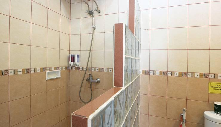 Hotel 678 Cawang - Standard Room