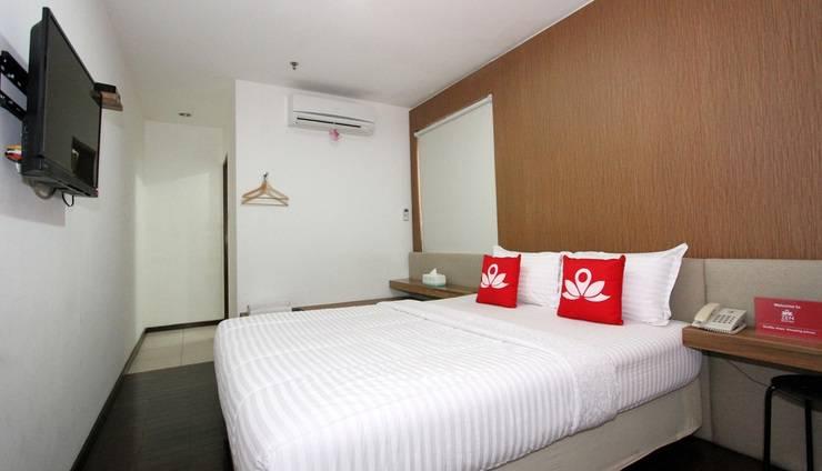 ZenRooms Petojo Jakarta - Tempat Tidur Double
