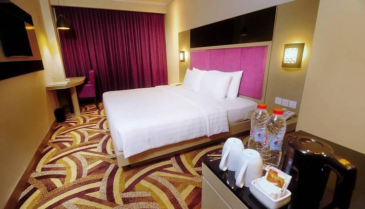 S-One Hotel Palembang by Tritama Hospitality Palembang - Room Double