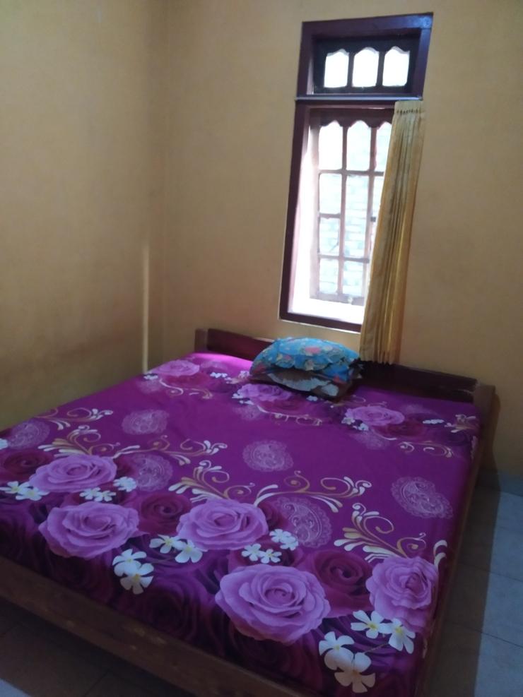Sri Dewi Homestay Jogja - Bedroom