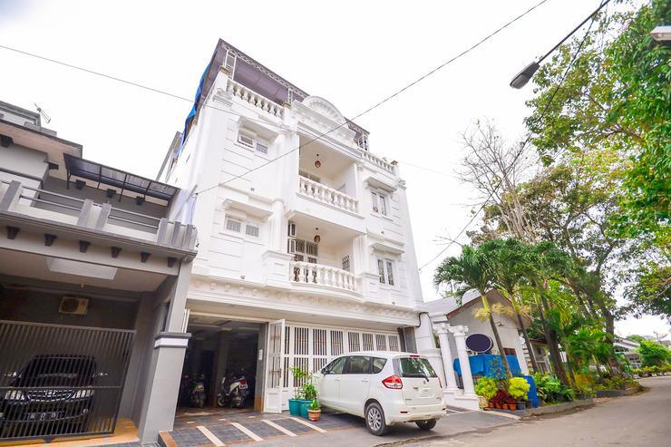 Airy Eco Syariah Medan Petisah Sei Bahkapuran 16A - Hotel Front