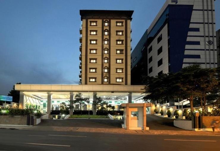 Hotel Gren Alia Cikini Jakarta - Exterior