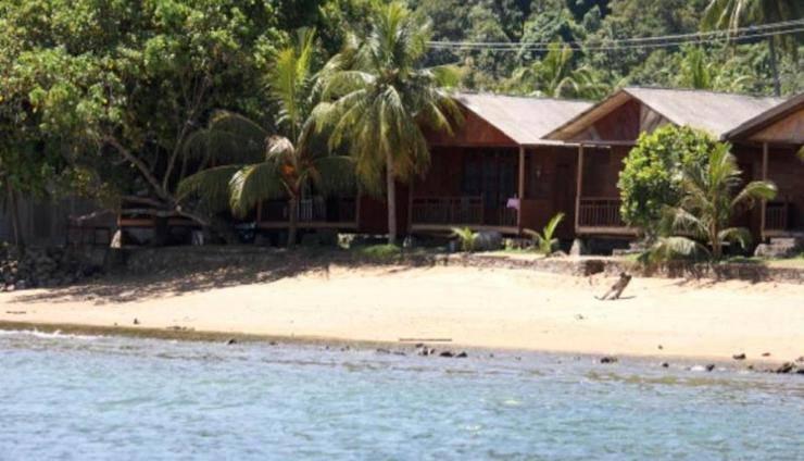 Review Hotel Cavery Beach Hotel (Padang)