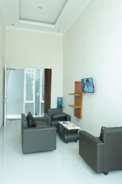Villa Aden Malang - Facilities