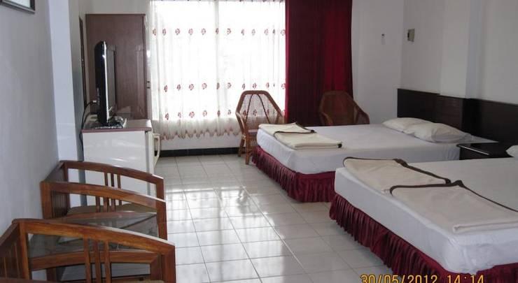 Hotel Santosa Malang - Rooms1
