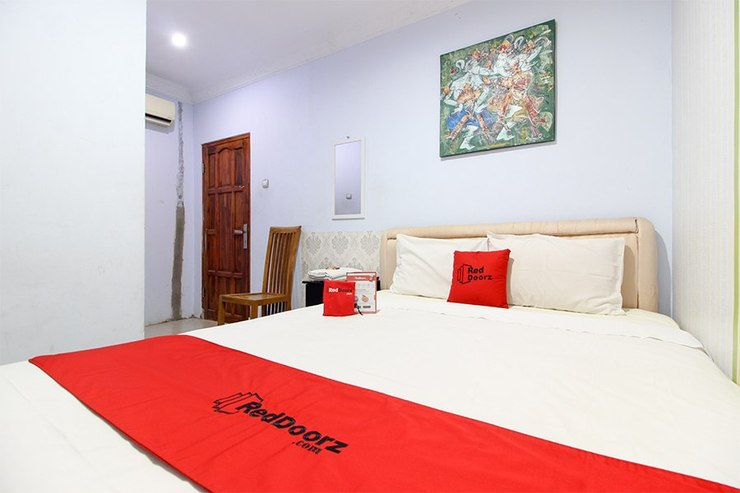 RedDoorz near Plengkung Gading Yogyakarta - Guestroom