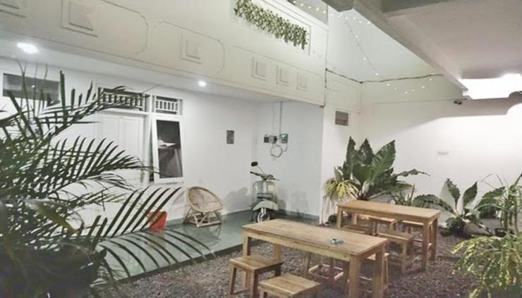 Mashbrow Hostel Yogyakarta - interior