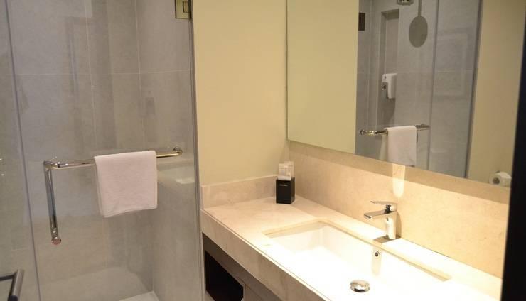 Premier Inn Surabaya� - Bathroom