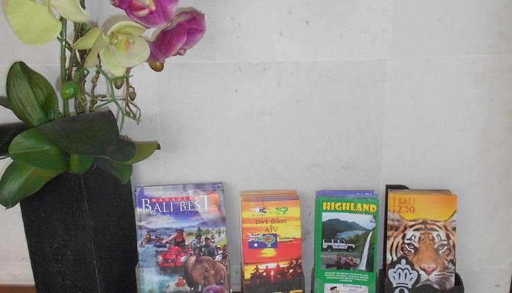 Wida Hotel Bali - Meja Layanan Wisata