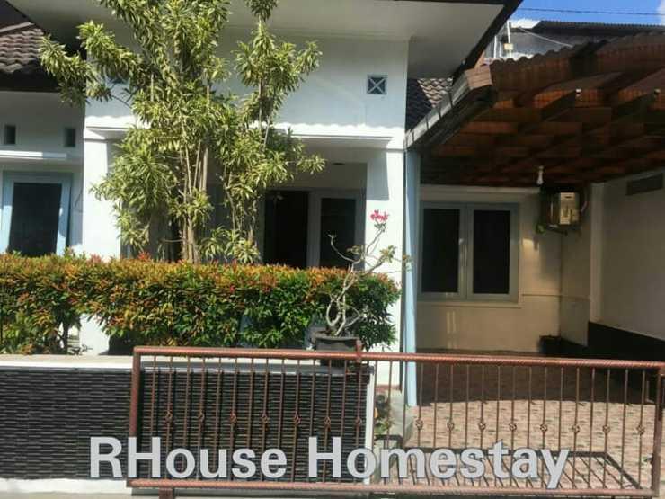 RHouse Homestay 2 Yogyakarta - Exterior