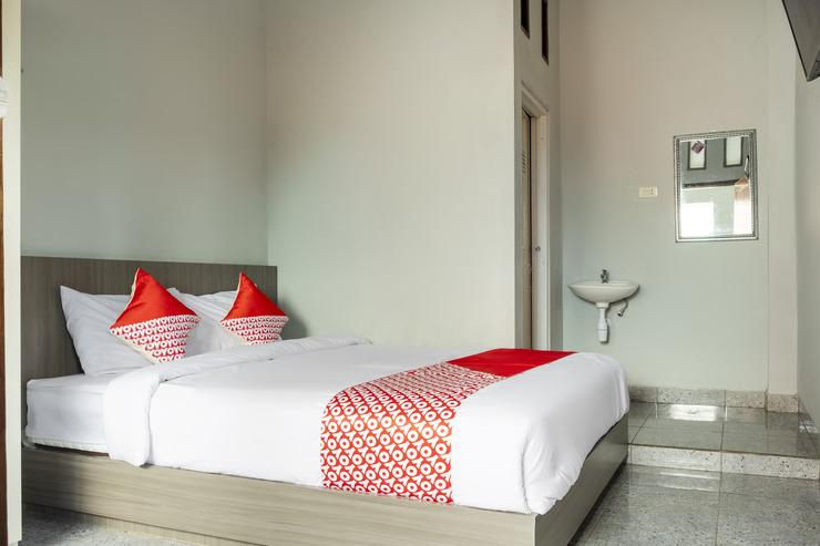 OYO 2990 Z Syariah Homestay Bandar Lampung - Standard Double Bedroom