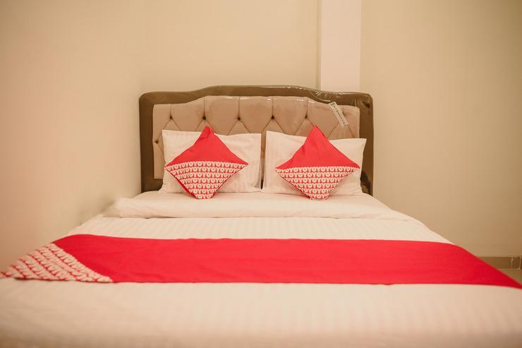 OYO 184 Grand Putri Sriwijaya Palembang - Bedroom