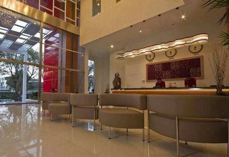 Lampion Hotel Solo - Lobby