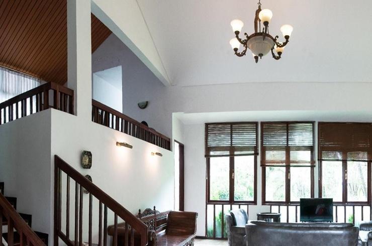 Cadudasa Villa Klub Bunga A14 Malang - Interior