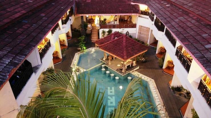 Hotel The Flora Kuta Bali - exterior