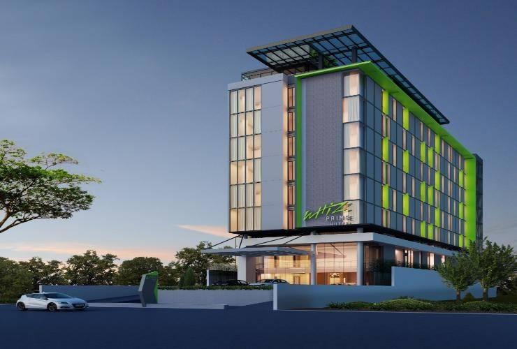 Whiz Prime Hotel Khatib Sulaiman Padang - exterior