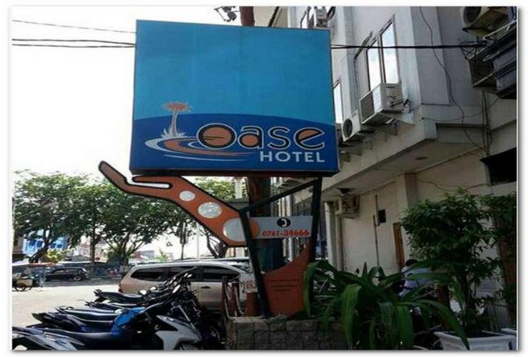 Oase Hotel Pekanbaru - Exterior