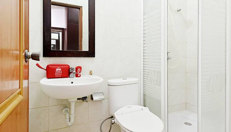 ZenRooms Kuningan Tiong Jakarta - Kamar mandi