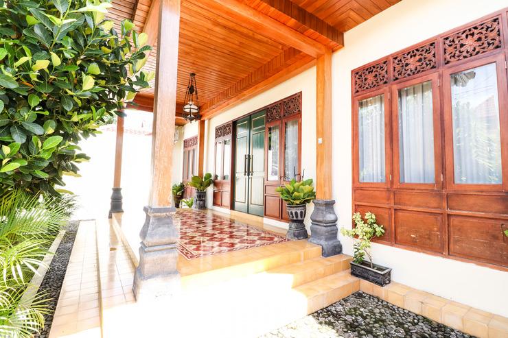 Griya Pamengkang 1 - Javanese House Jogja - Exterior