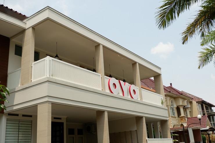 OYO 493 Permata Jingga AA 19 Boutique Syariah Malang - Facade