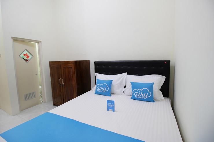 Airy Eco Syariah Wonokromo Karangrejo Sawah Surabaya - Room
