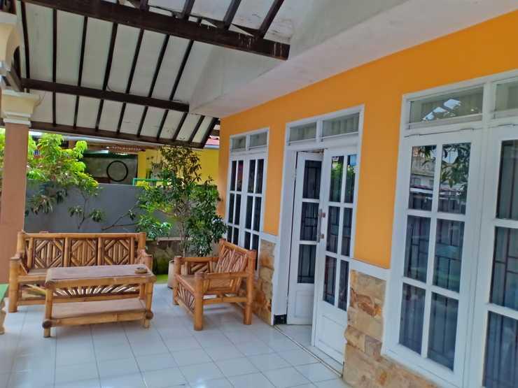 King Homestay Batu Malang - Facilitiess