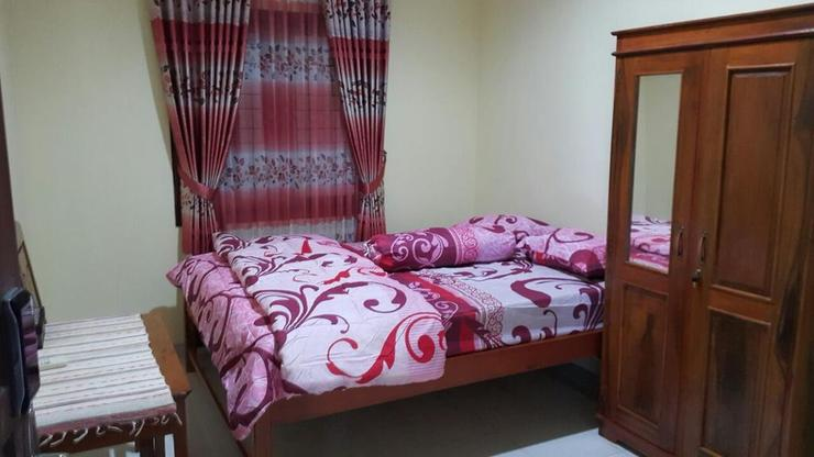 Omahe Simbah Guesthouse Yogyakarta - Bedroom