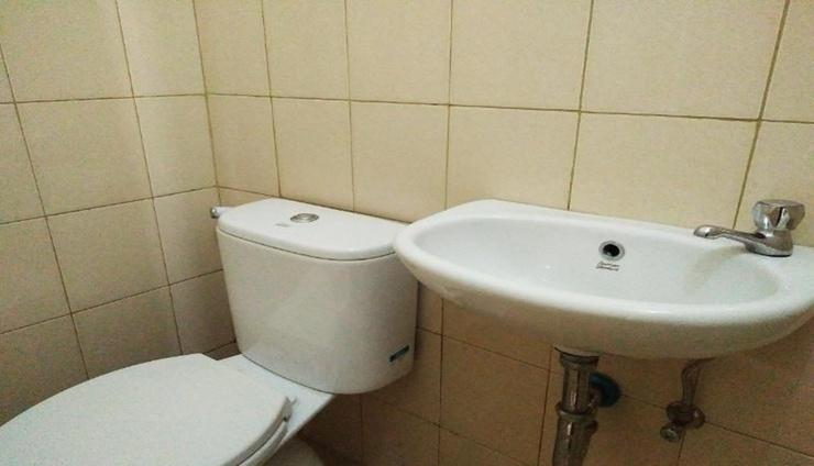 Easy Room Tamansari Panoramic Bandung - Bathroom