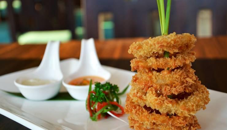 Grand Edge Hotel Semarang - Crispy Calamari